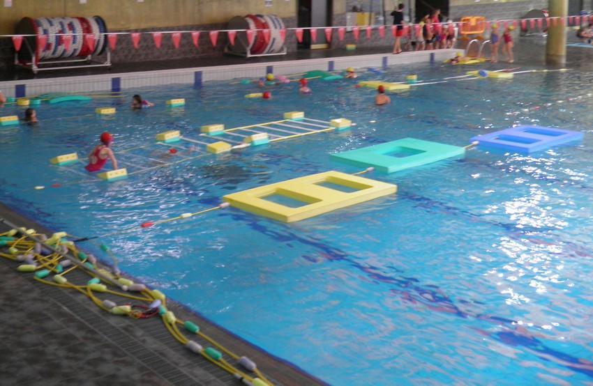 la natation la piscine de b thune ecole des deux rivi res